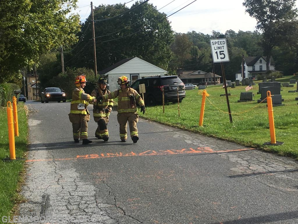 GMFC Firefighters Matthew York & Anthony Bocchicchio and Junior FF Nicolas DiPaolo crossing the finish line.